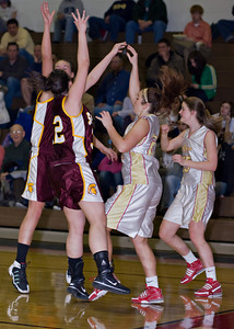 Wyoming Valley West @ Redeemer Varsity Girls_020110_0021