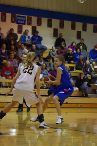 20120124_Girls_Basketball_A_DawsonBoyd_Noiseware4Full_054
