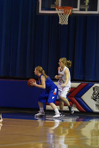 20120124_Girls_Basketball_A_DawsonBoyd_Noiseware4Full_015