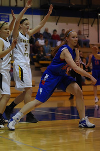 20120124_Girls_Basketball_A_DawsonBoyd_Noiseware4Full_017