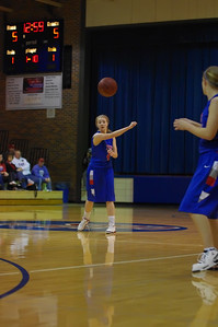 20120124_Girls_Basketball_A_DawsonBoyd_Noiseware4Full_022