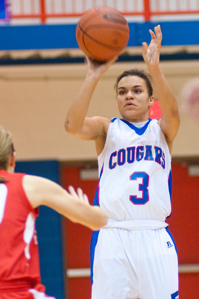 Conner's #3 SR (GD) Dawn Peacock during the game.  Conner defeated Beechwood 64-60.  (The Journal News/Scott Davis)