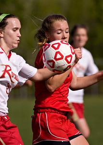 Crestwood at Redeemer Girls Soccer_042010_0003