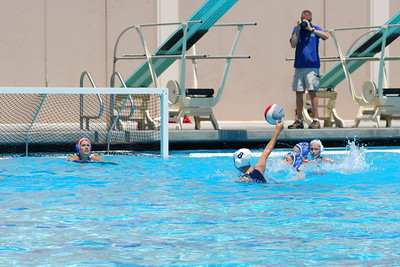 S & R Sport Junior Olympics 2009 - Platinum Division 14U Girls - Santa Barbara Water Polo Club vs Los Alamitos 8/1/09. Final score 6 to 4. SBWPC vs Los Al. Photos by Allen Lorentzen.