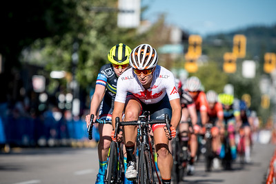 Sara Bergen made her attacks, but once again, she was closely marked by Kendall Ryan. Giro Di Burnaby.