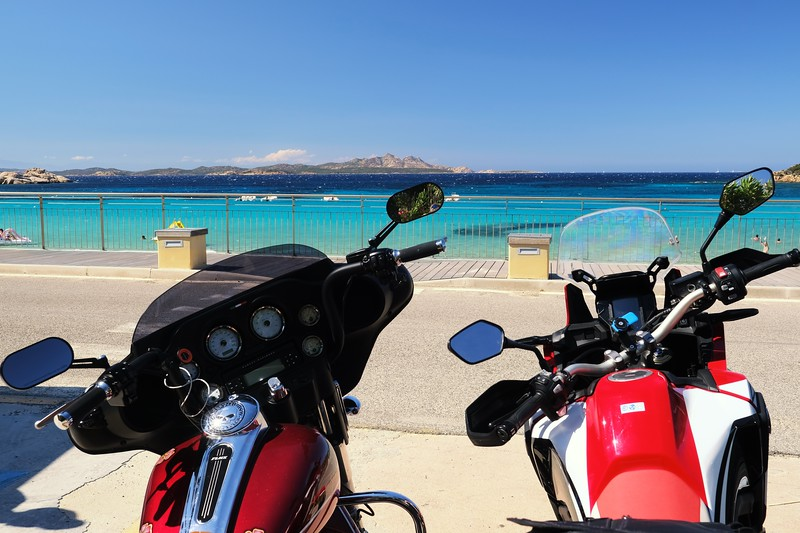 Baja Sardinia...ci aspettano tranquille