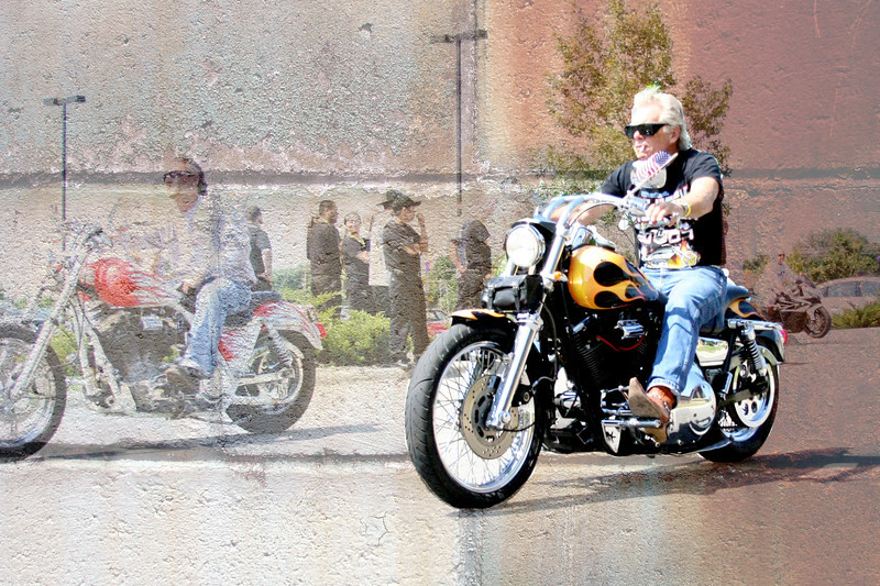 motorcycle rustywall