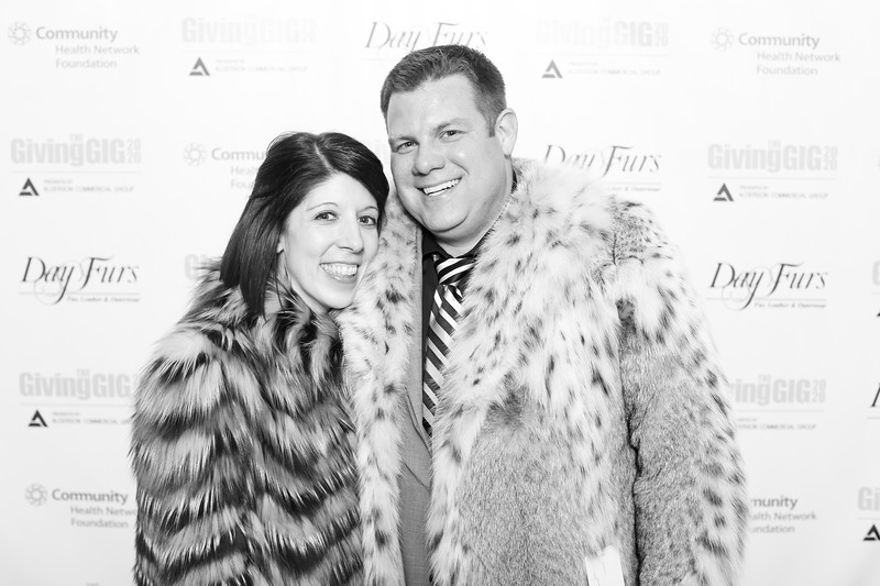 A-KH-Giving Gig-Step-Repeat-299