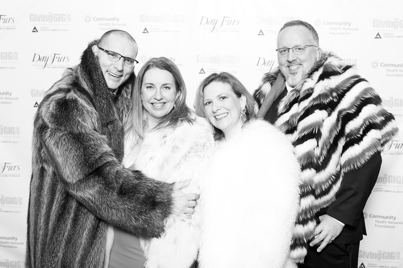 A-KH-Giving Gig-Step-Repeat-263