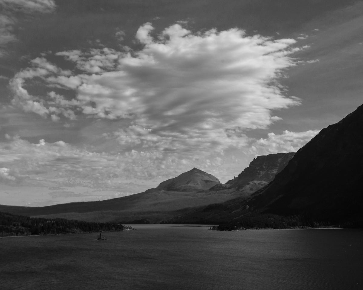 Wild Goose Island, St Mary's Lake, The Narrow, Divide Mountain