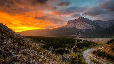 Glacier - Lake Sherbourne Sunrise