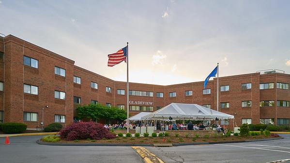 Gladeview Healthcare & Rehab 2017 Senior Prom
