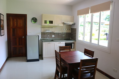 Glai Talay Villa Open Plan Kitchen Long Beach, Ko Lanta