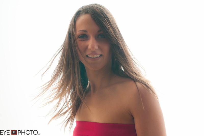 Danielle-383