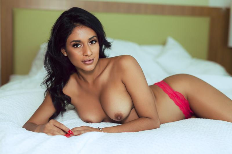 начинают рассказывать арабские девчонки голи вышеперечисленные