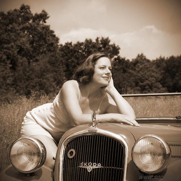 Vintage Glamour: Mrs Markéta L. & Škoda Popular Monte Carlo