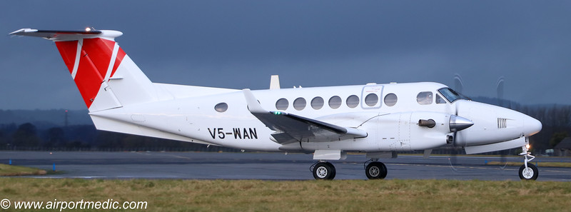 V5-WAN Be350 @ Glasgow Airport (EGPF)
