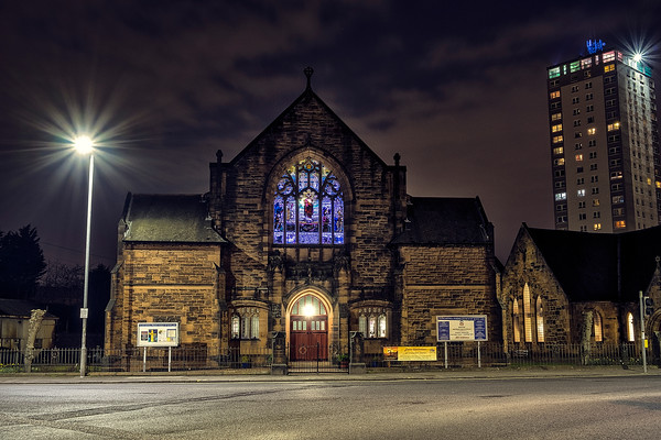Clincarthill Parish Church lit blue for #lightparkinsons