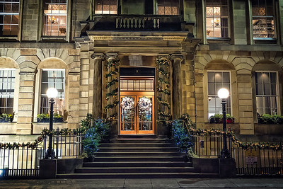 Lovely front door entrance to the Kimpton Blythswood Square Hotel