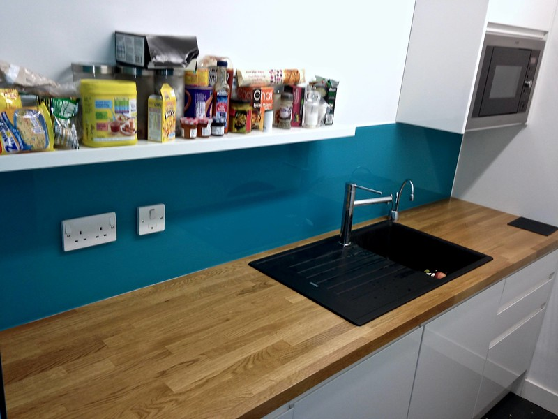 Kitchen Glass Splashback - W14