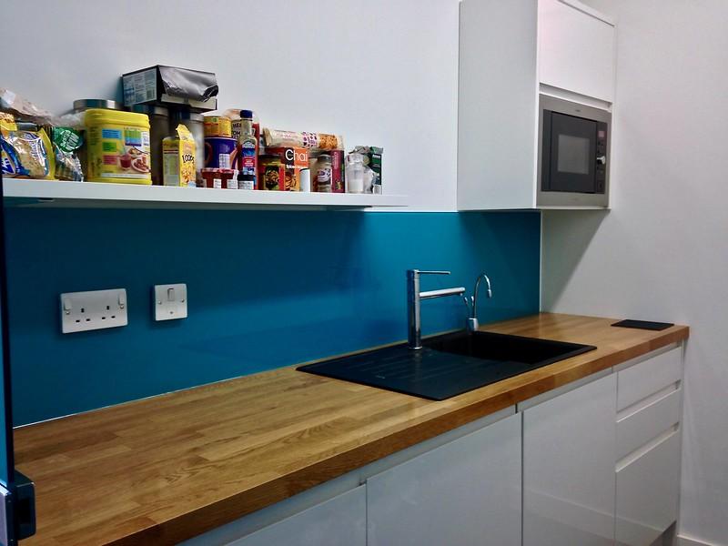 Kitchen Glass Splashback - W14