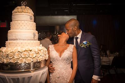 IMG_0860_Glendaly_cake_ReadyToGoPRODUCTIONS com_new York_wedding