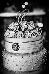 GLE_1608_Glendaly_cake_ReadyToGoPRODUCTIONS com_new York_wedding
