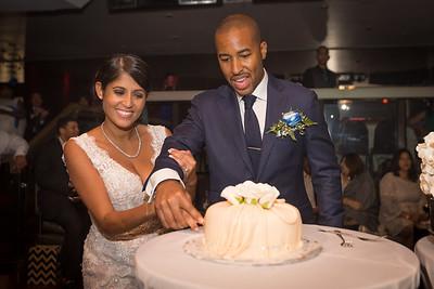 IMG_0839_Glendaly_cake_ReadyToGoPRODUCTIONS com_new York_wedding
