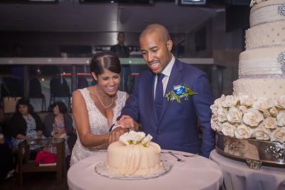 IMG_0835_Glendaly_cake_ReadyToGoPRODUCTIONS com_new York_wedding