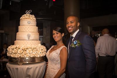 IMG_0858_Glendaly_cake_ReadyToGoPRODUCTIONS com_new York_wedding