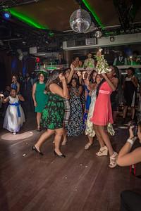 GLE_1652_Glendaly_cake_ReadyToGoPRODUCTIONS com_new York_wedding