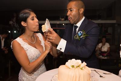 IMG_0850_Glendaly_cake_ReadyToGoPRODUCTIONS com_new York_wedding