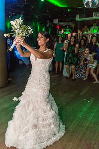 GLE_1650_Glendaly_cake_ReadyToGoPRODUCTIONS com_new York_wedding