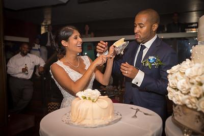 IMG_0844_Glendaly_cake_ReadyToGoPRODUCTIONS com_new York_wedding