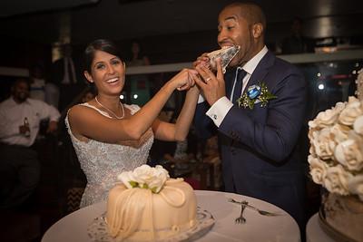 IMG_0845_Glendaly_cake_ReadyToGoPRODUCTIONS com_new York_wedding