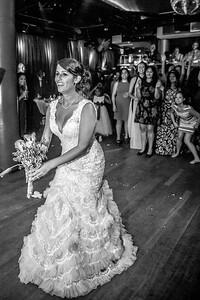 GLE_1649_Glendaly_cake_ReadyToGoPRODUCTIONS com_new York_wedding