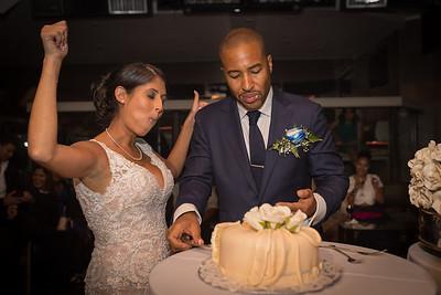 IMG_0852_Glendaly_cake_ReadyToGoPRODUCTIONS com_new York_wedding