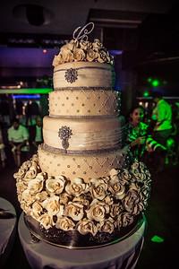 GLE_1607_Glendaly_cake_ReadyToGoPRODUCTIONS com_new York_wedding