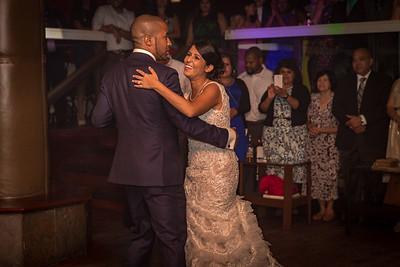 GLE_1347_Glendaly_entrances_ReadyToGoPRODUCTIONS com_new York_wedding