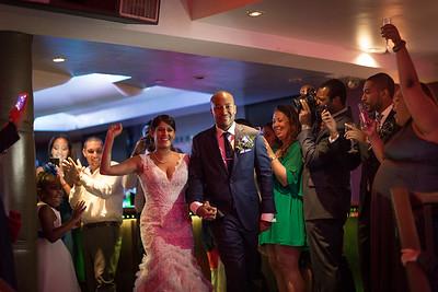 IMG_0634_Glendaly_entrances_ReadyToGoPRODUCTIONS com_new York_wedding