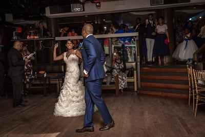 GLE_1329_Glendaly_entrances_ReadyToGoPRODUCTIONS com_new York_wedding