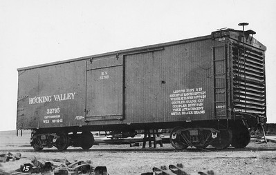 2011.008.0213.17--glenn guerra collection 4.5x6.5 print--HV--Hocking Valley wooden boxcar 32795 with Pressed Steel Car Co steel ends builders photo--location unknown--1912 1200