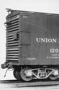 2011.008.0213.05--glenn guerra collection 4.5x6.5 print--UP--wooden boxcar 120000 Pressed Steel Car Co builders photo--location unknown--no date