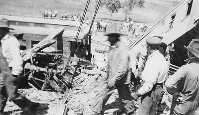 2011.008.PW.06--glenn guerra collection print--C&NW--wreck scene at Cottonwood Creek--9 mikes west of Chadron NE--c1916 0000