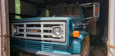 1977 GMC Sierra 6500 Flatbed Truck