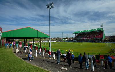 Glentoran v. Crusaders, NIFL Premiership, 17/09/2016
