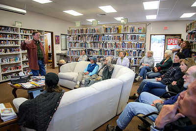 Steven Havill at the Glenwood Library 140302