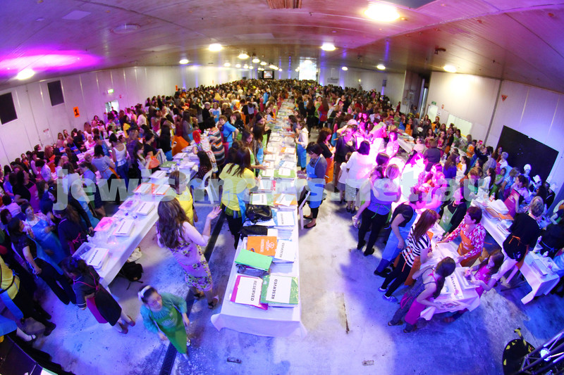 23-10-14. The Shabbat Project. Glick's challah bake. More than 2400 women came together at the Glick's warehouse for Melbourne's biggest ever mass challah bake. Photo: Peter Haskin