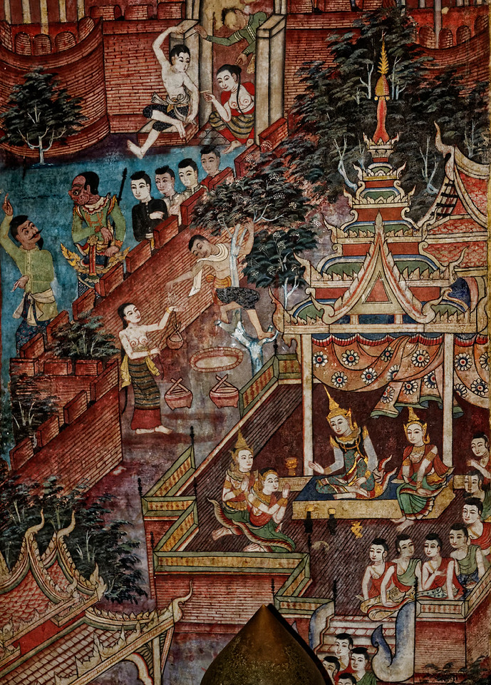 Typical of temple murals of the northern Lanna kingdom generally, the Phra Singh murals reflect the historical clothing styles, architecture, and daily customs of the north of Thailand, which were influenced to a great extent by interaction with the Burmese.