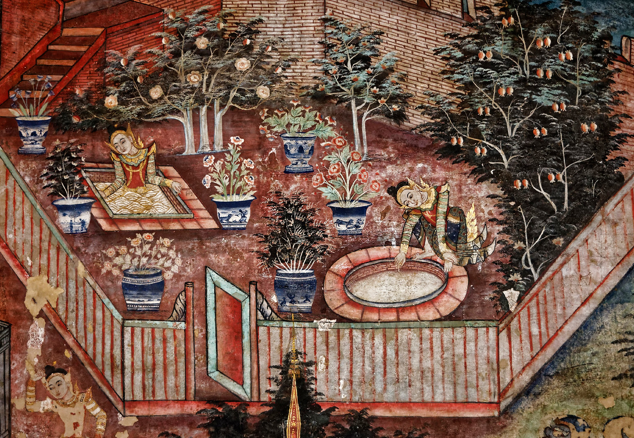 The interior of the small assembly hall contains splendid murals created in the 19th century. They depict scenes from two of the <i>jataka</i> tales, stories that tell of the 500-some incarnations of the Buddha before he attained enlightenment and became the Buddha.